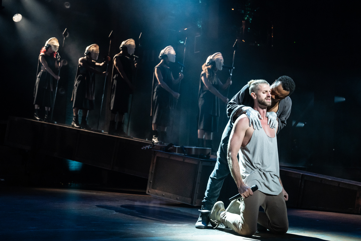 Jesus Christ Superstar, Jesus and cast.